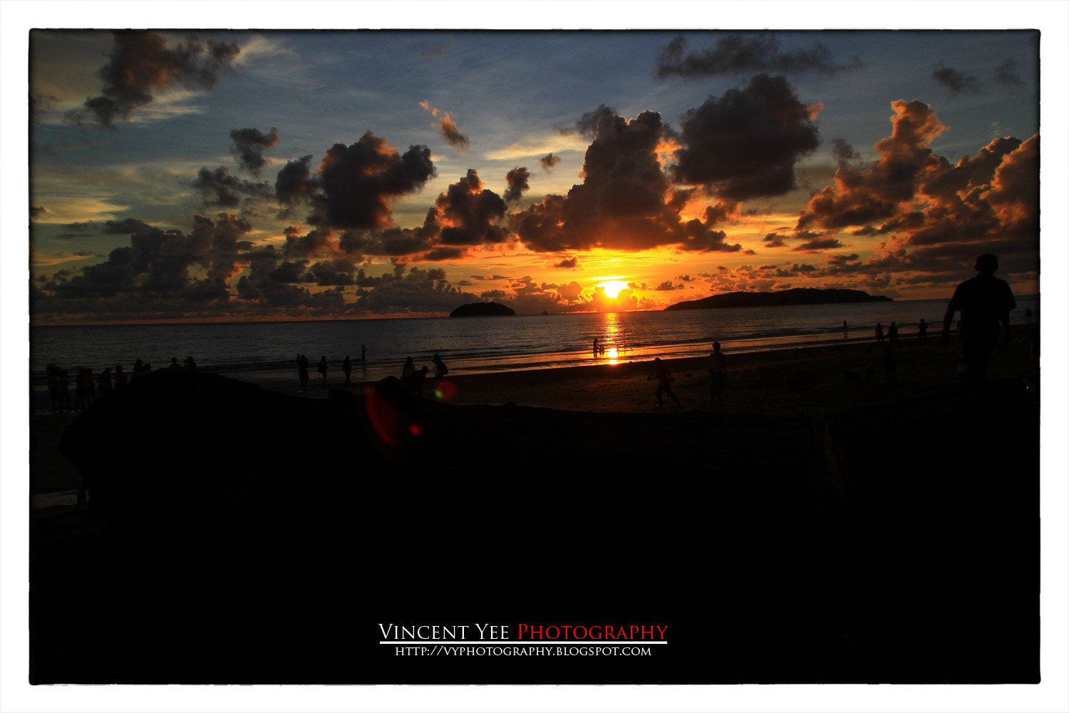 Photograph TANJUNG ARU SUNSET by Vincent Yee on 500px