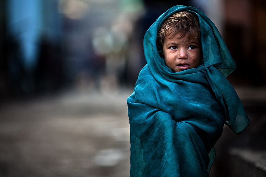 Alone in The Slum, автор — Alessandro Bergamini на 500px.com