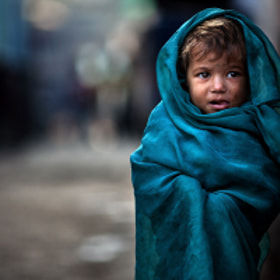 Alone in The Slum by Alessandro Bergamini on 500px.com