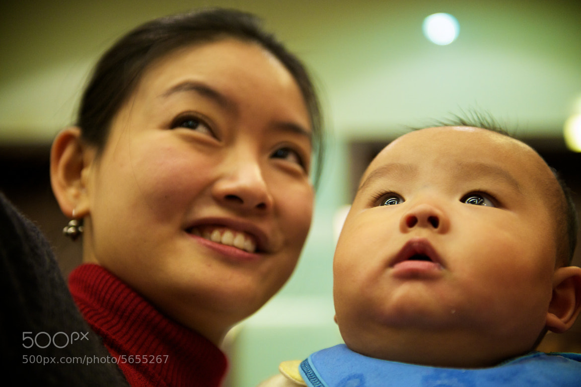 Photograph Mother & Child (Shanghai) by Paul Ark on 500px