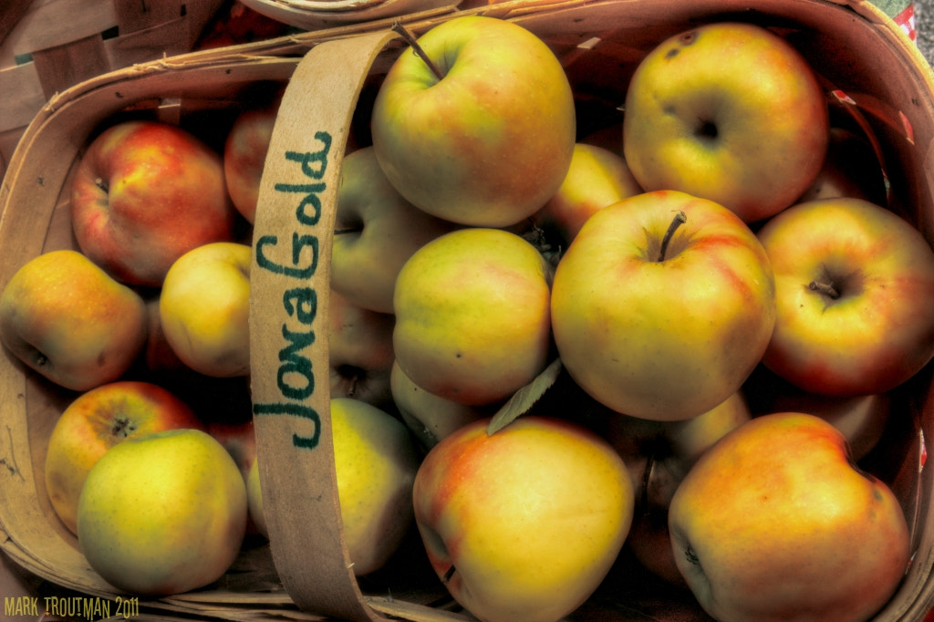 Photograph Apples at the Farmer's Market by Mark T on 500px