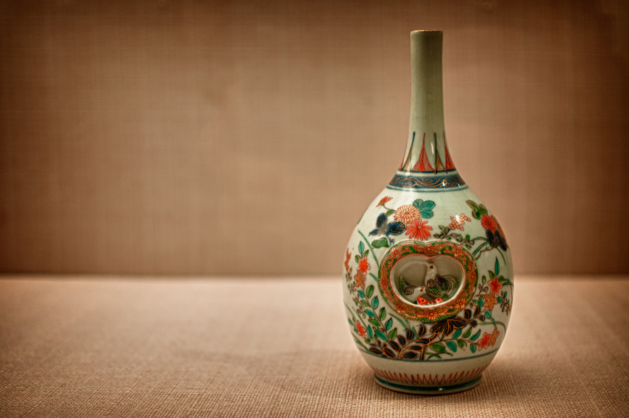 Photograph Japanese porcelain by Chang Steven on 500px