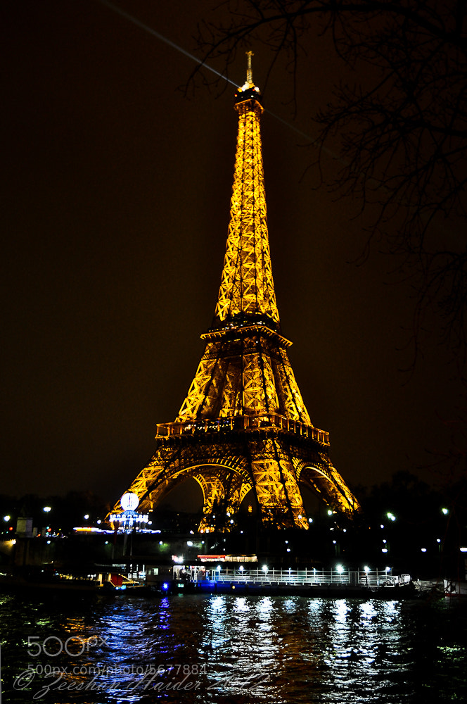 Photograph The Eiffel Tower by Syed Zeeshan Haider on 500px
