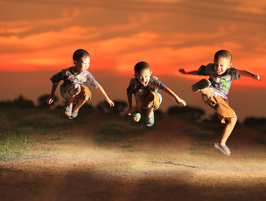 Photograph jumping by Prachit Punyapor on 500px