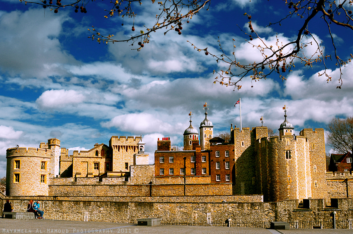 Photograph The Royal Palace and Fortress in London by Mayameen AlHamoud on 500px