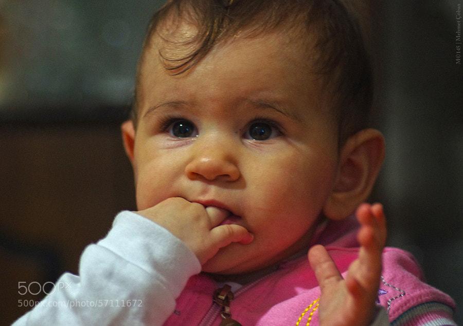 "baby girl by Mehmet Çoban on 500px.com"" border=""0"" style=""margin: 0 0 5px 0;"
