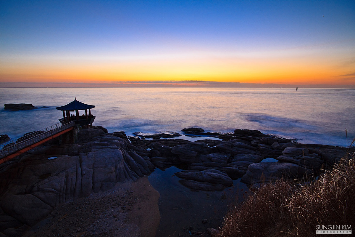 Photograph Twilight over the horizon by Sungjin Kim on 500px