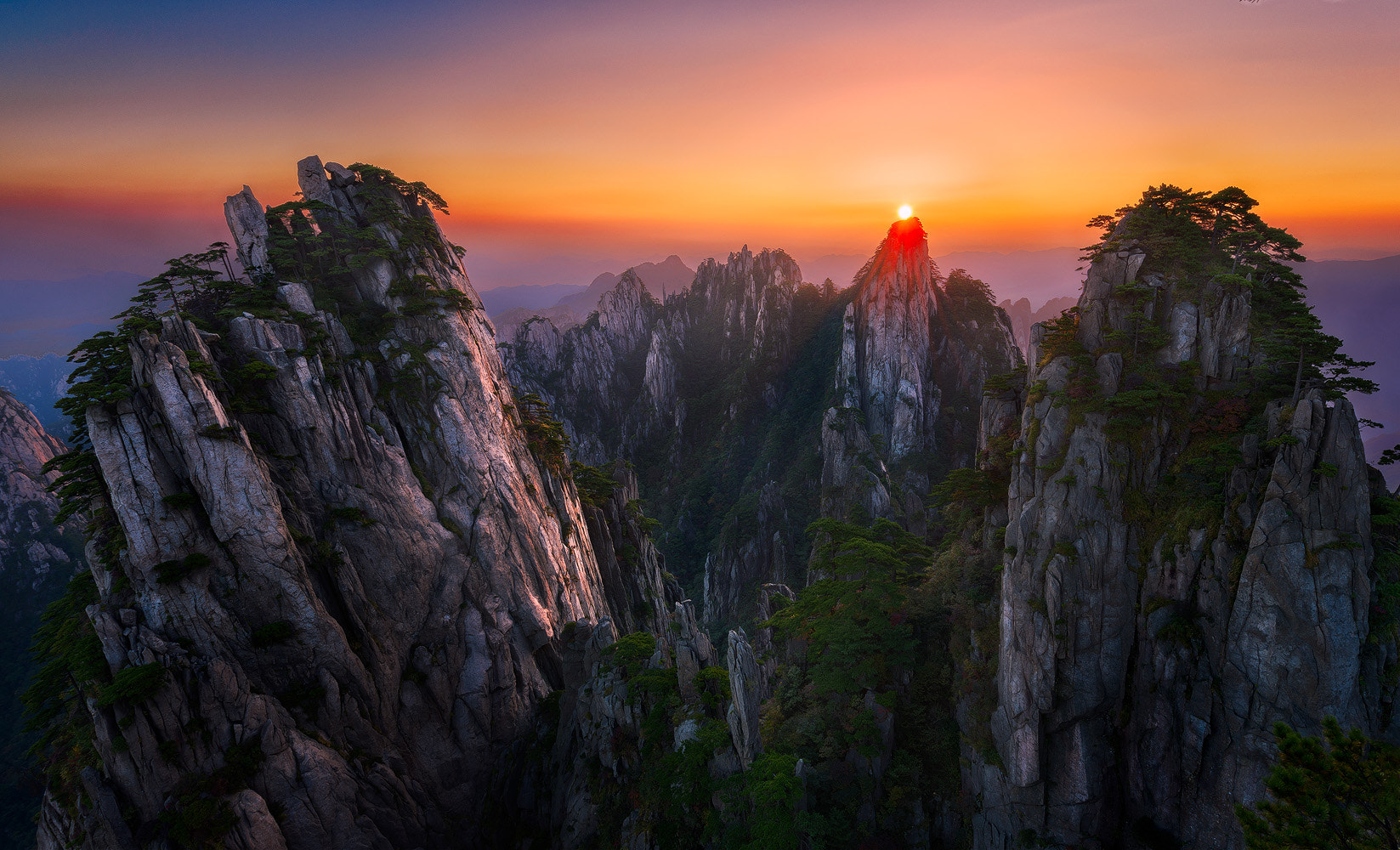 Photograph The Rising Sun by Joshua Zhang on 500px