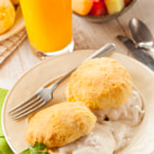 ������, ������: Homemade Buttermilk Biscuits and Gravy