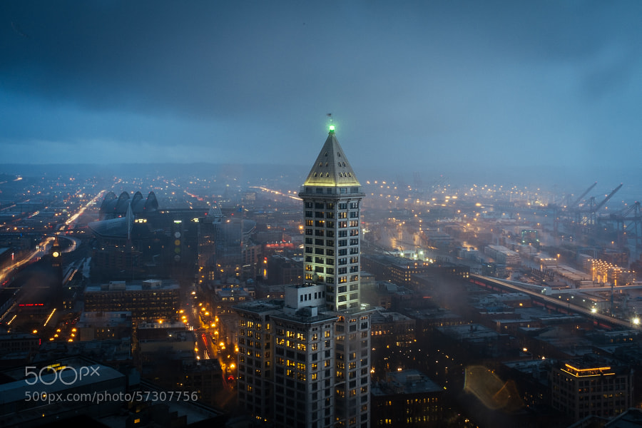 Photograph Smith Tower in the rain by Aaron Brethorst on 500px