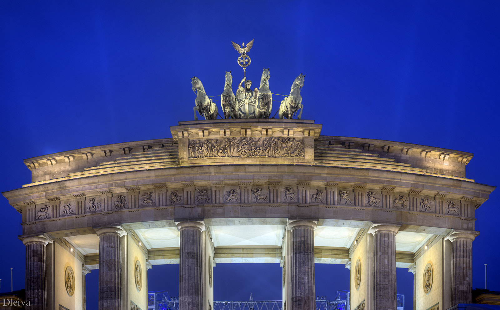 Photograph Puerta de Brandemburgo (Berlin) by Domingo Leiva on 500px