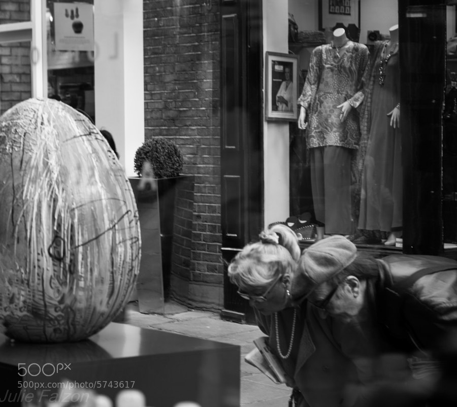 The Egg Hunt 2012 in London comes with a certain degree  of curiosity...