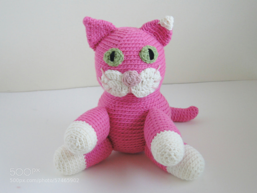 Pink Crochet Cat by plus3crochet on 500px.com