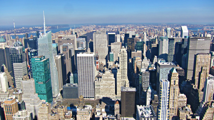 View from the Empire State on Midtown and Uptown Manhattan