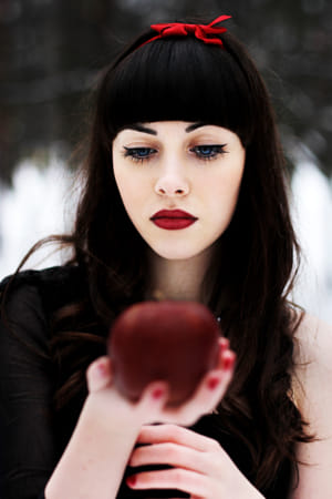 Snow White by Kimberly Potvin on 500px