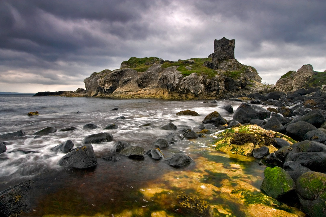 Photograph Ruins of Kinbane by Stephen Emerson on 500px
