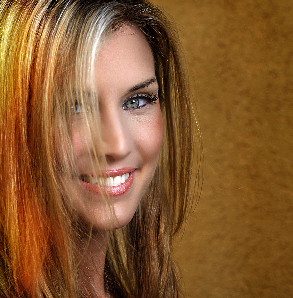 Photograph tiffany's smile by nelly putnam on 500px