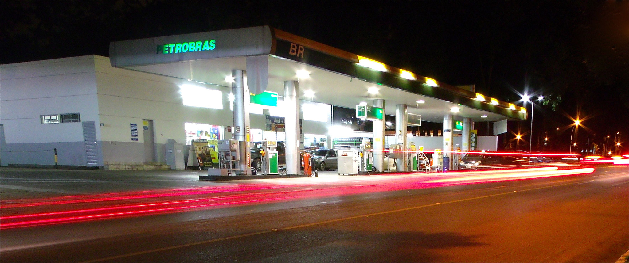 Photograph Gas Station by Marcelo Molina on 500px