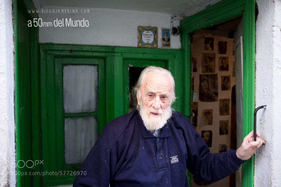 El viejo más viejo que el mismísimo Puerto Viejo by Diego Jambrina on 500px.com