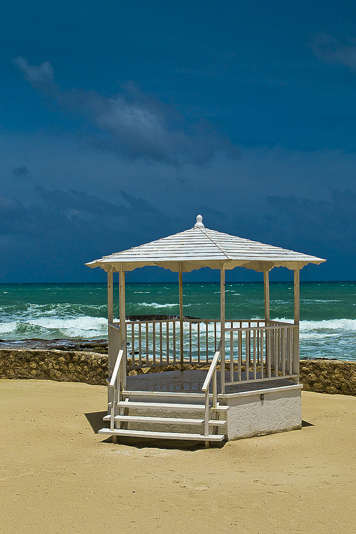 Photograph Gazebo on the Beach by Andy Butler on 500px