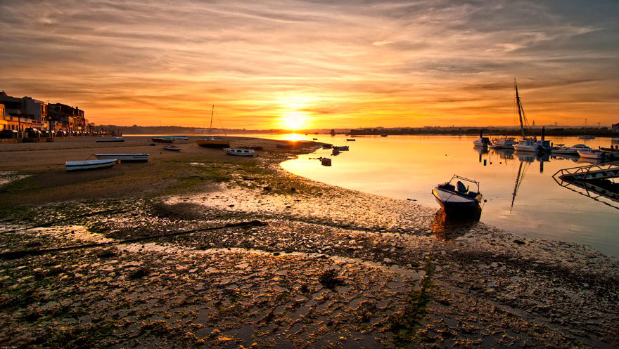 Photograph End of a day @ Seixal (my hometown) by Hugo J. Reis on 500px