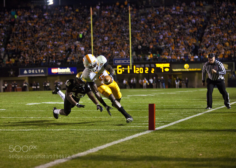 Denarius Moore narrowly avoids Vanderbilt cornerback Casey Hayward for a touchdown on Saturday, Nov. 20. Moore's touchdown added in a 24-10 victory over the Commodores, which helps keep the Vols' bowl chances alive heading back home to Neyland Stadium to face Kentucky in the last game of the regular season.