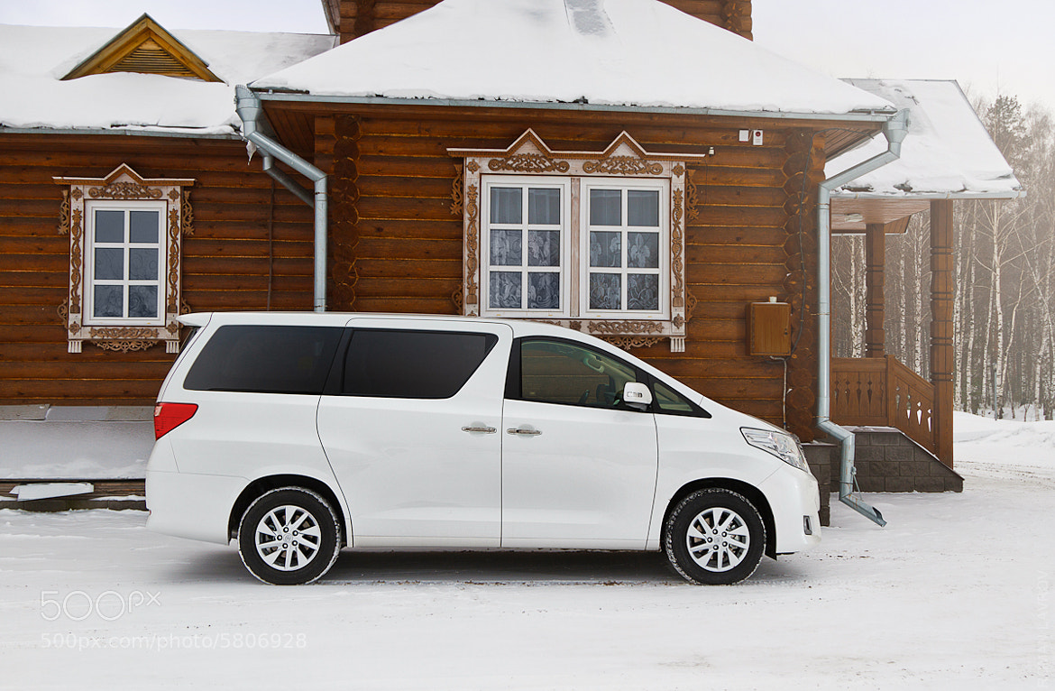 Photograph Premium Bus 4 Russia (Toyota Alphard) by Roman Lavrov on 500px