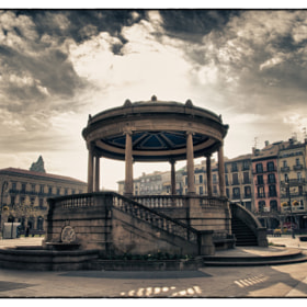 "Plaza del Castillo / Castle Square by ILM ""Ñ"" (JustOneMoreSunset)) on 500px.com"