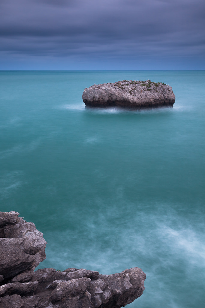 Photograph Stone and water by Andoni Lamborena on 500px