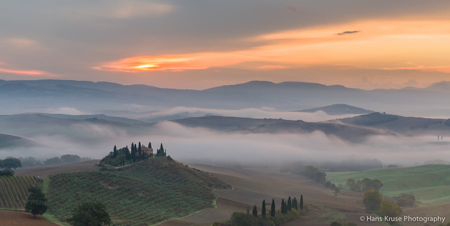 This photo was shot in October 2013 during a short trip through Tuscany.