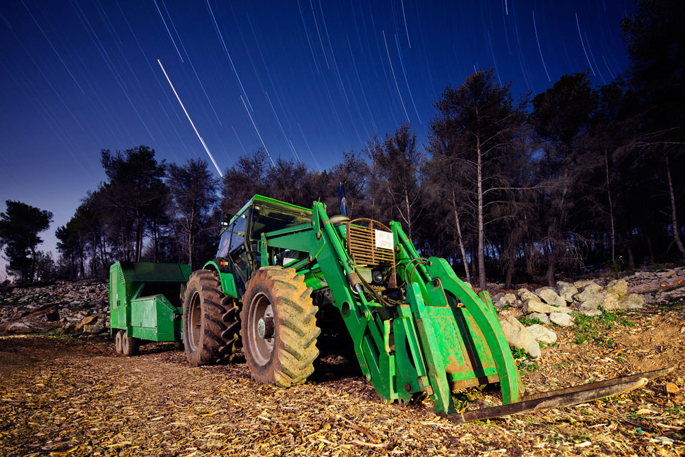 Photograph Tractor by Alejandro Iborra on 500px