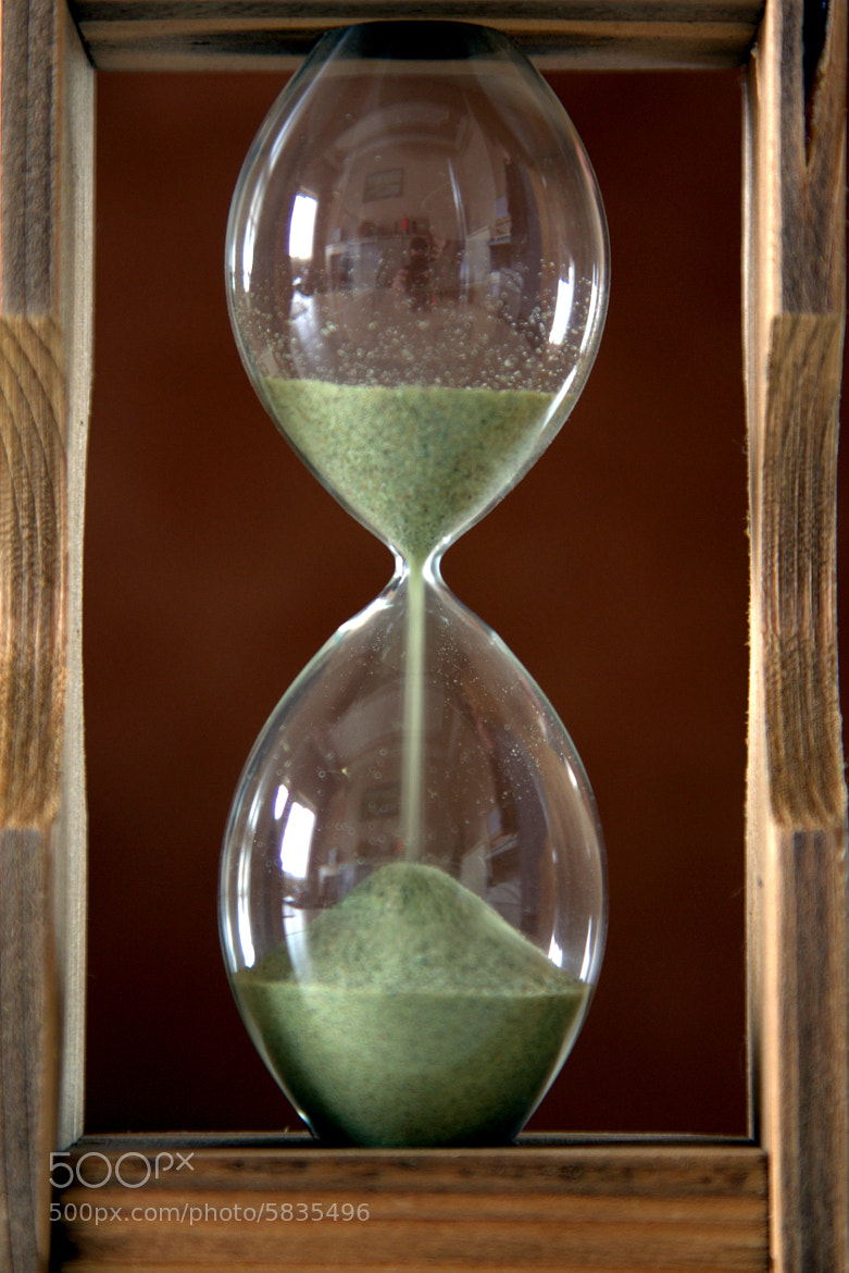 Photograph hourglass by Salih Mazlum on 500px