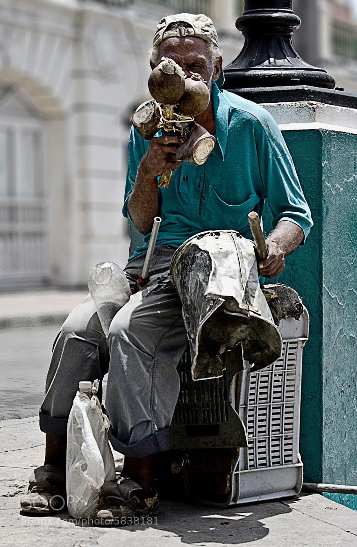Photograph Cuban street musician by Luca  Danesini on 500px