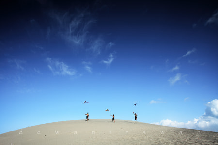playing kites by dewan irawan
