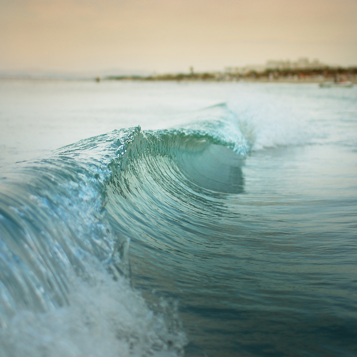 Photograph Wave by Etienne Roudaut on 500px