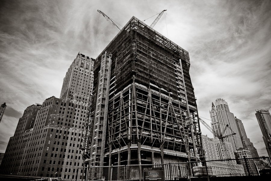 Photograph One World Trade Center under construction by Carlos Aledo on 500px