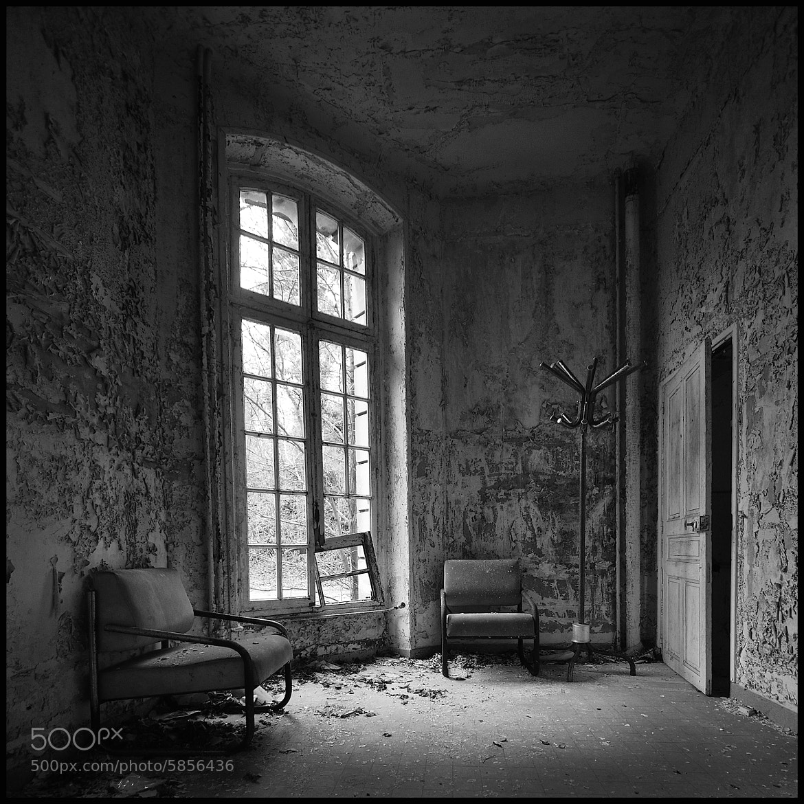 Photograph The Waiting Room by Christophe Regnaud on 500px