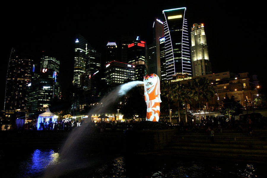 The Singapore icon Merlion in colours !