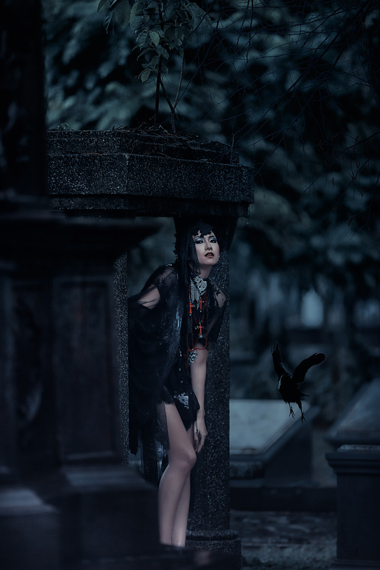 Photograph Gothic Fashion by Joice Laurina on 500px