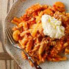 Recipe at http://www.hungrycravings.com/2014/01/mixed-pasta.html