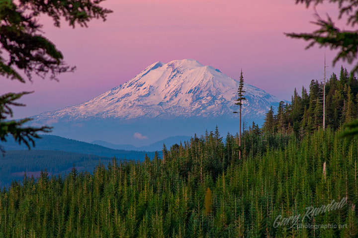 Photograph Mount Adams Alpenglow by Gary Randall on 500px
