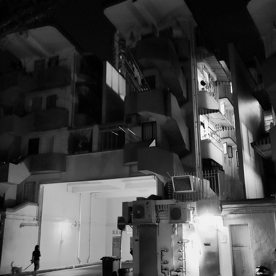 Night Street Photography @ Tiong Bahru Estate