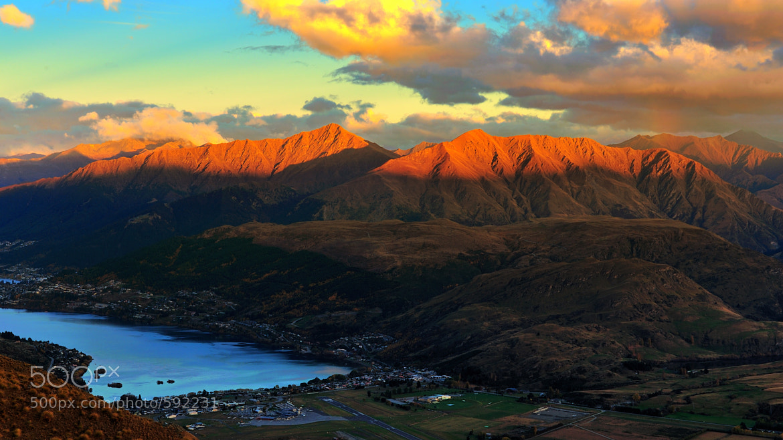 Photograph Queentown, New Zealand by Peerakit Jirachetthakun 5392 on 500px