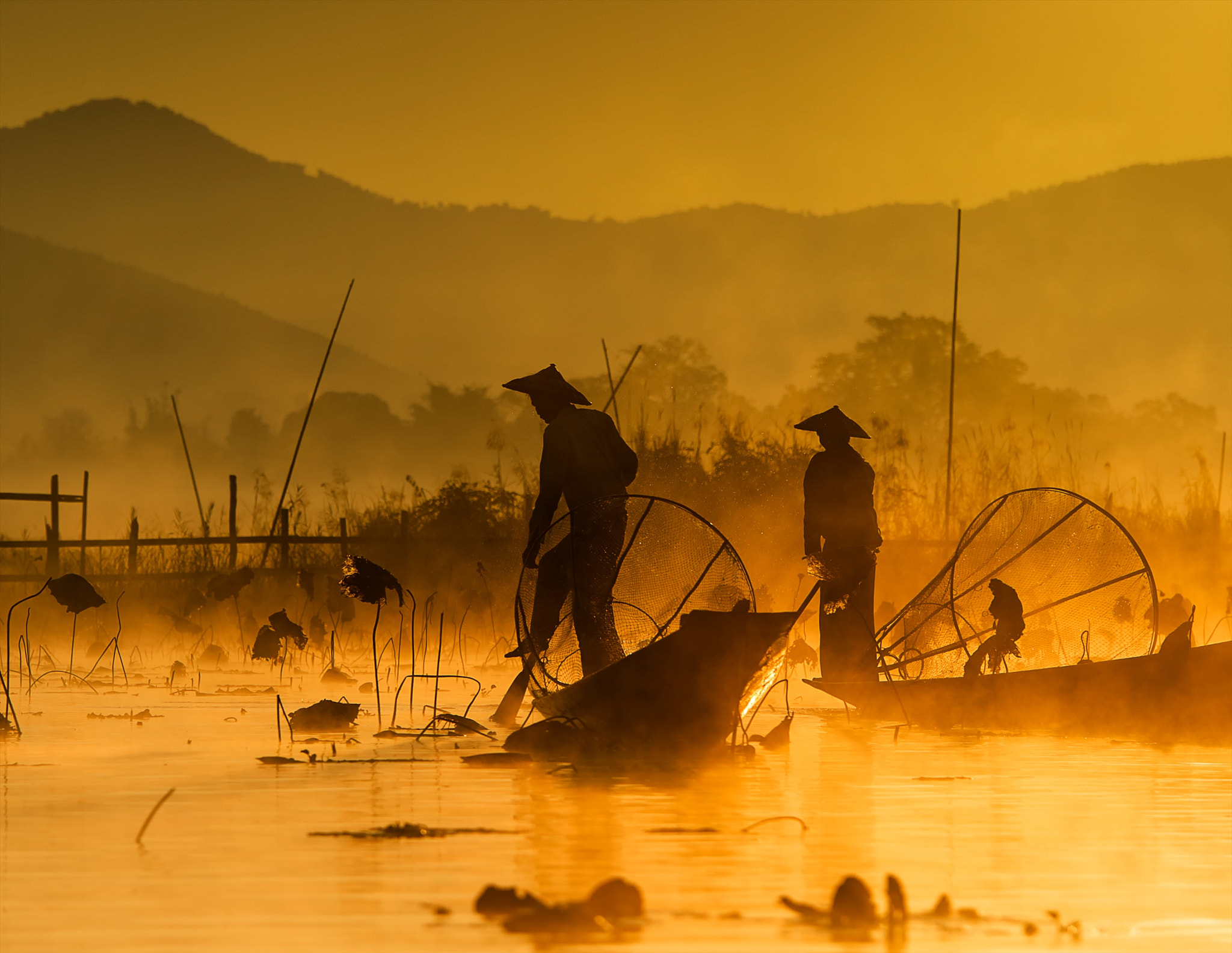 Photograph fishing @ inle lake (2) by hamni juni on 500px