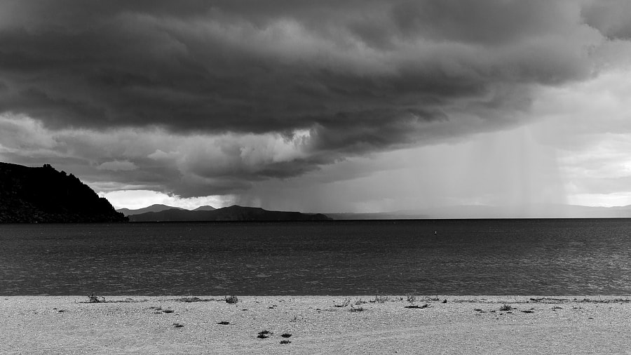 Storm on Taupo lake