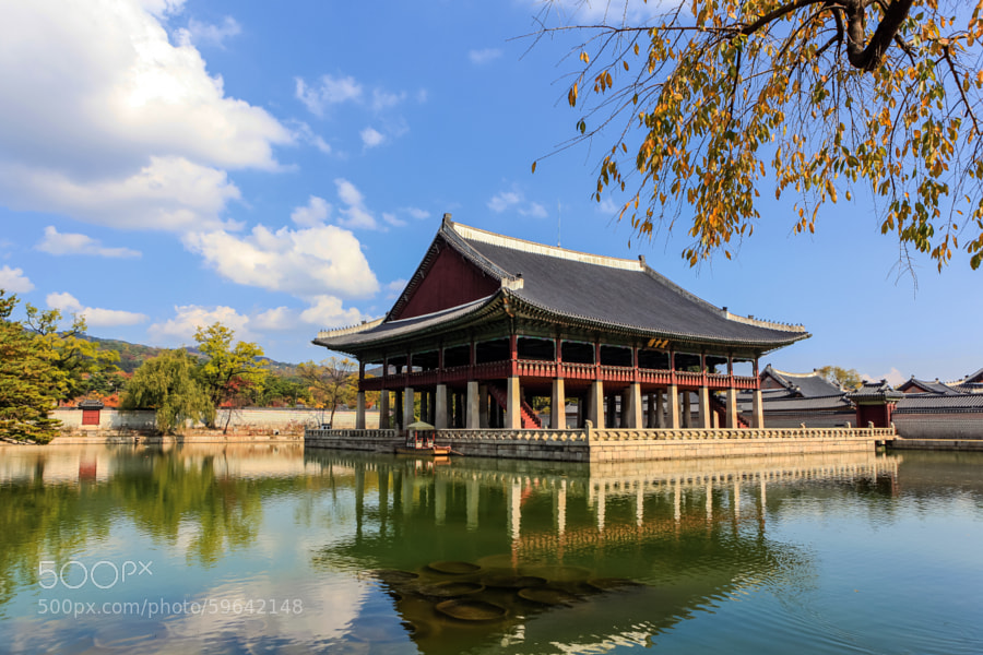 Photograph Gyeongbok Palace in seoul,Korea by giseong Na on 500px