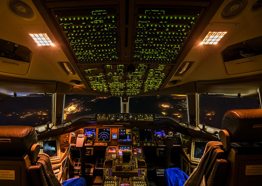 Photograph B777 Cockpit by Hakan KURT on 500px