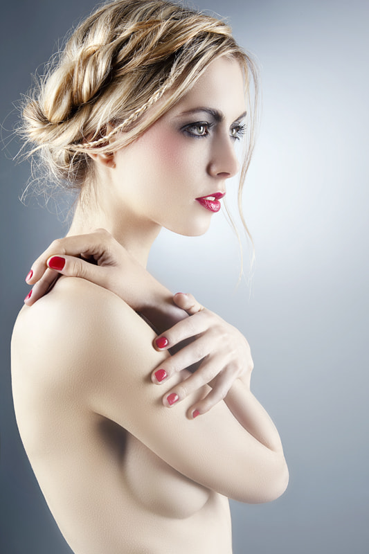 Photograph raphaëlle at studio by frederick lefort on 500px