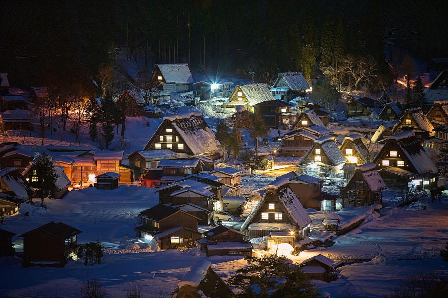 Shirakawa-go in the night by MIYAMOTO Y on 500px.com
