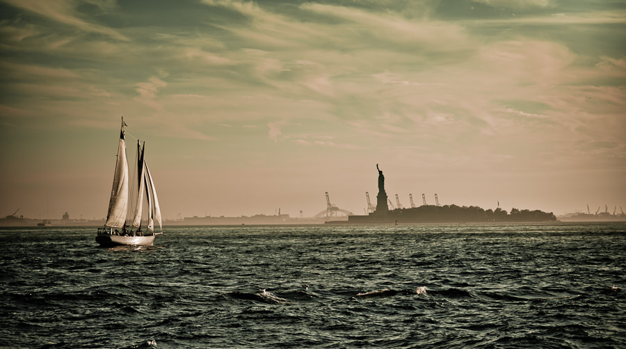 Photograph Statue of Liberty by Carlos Aledo on 500px